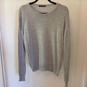 Brandy Melville long sleeve sweater